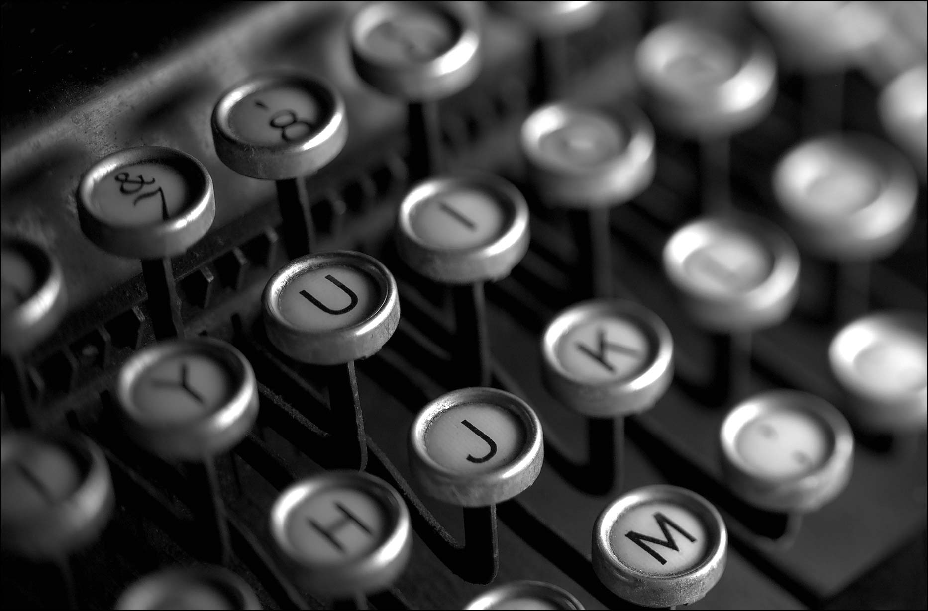 Black and White image of typewriter keys